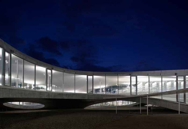 The Rolex Learning Center, Ecole Polytechnique Federale, Lausanne, Switzerland, 2009